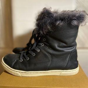 UGG Croft Black Sneakers